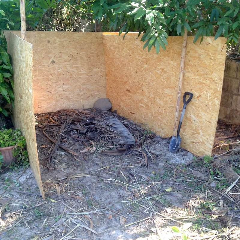 new compost pile from this latest composting bin